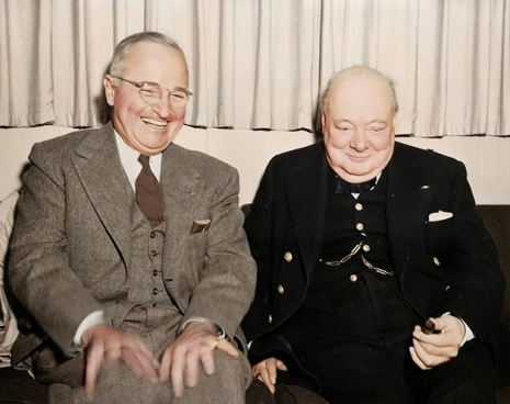 Harry Truman e Winston Churchill, respetivamente Presidente dos Estados Unidos e primeiro-ministro britânico