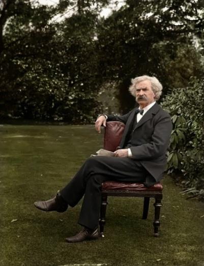 Mark Twain em seu jardim, cerca de 1900