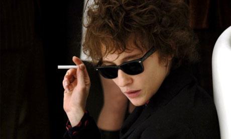 Cate Blanchett como Dylan