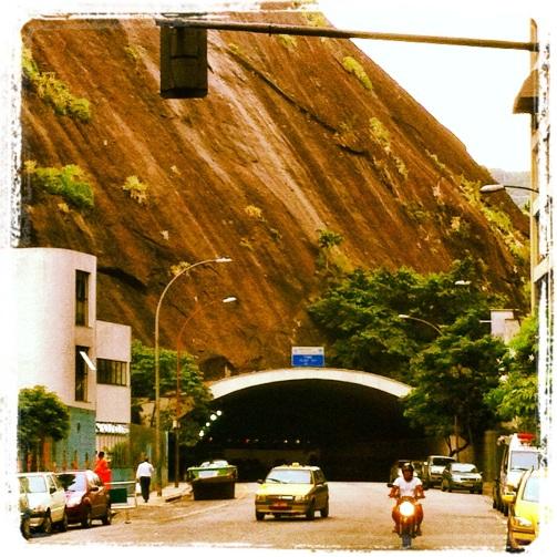 Tunel da Toneleiros em Copacabana