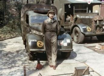 A rainha da Inglaterra, Elizabeth, durante o serviço militar na Segunda Guerra Mundial